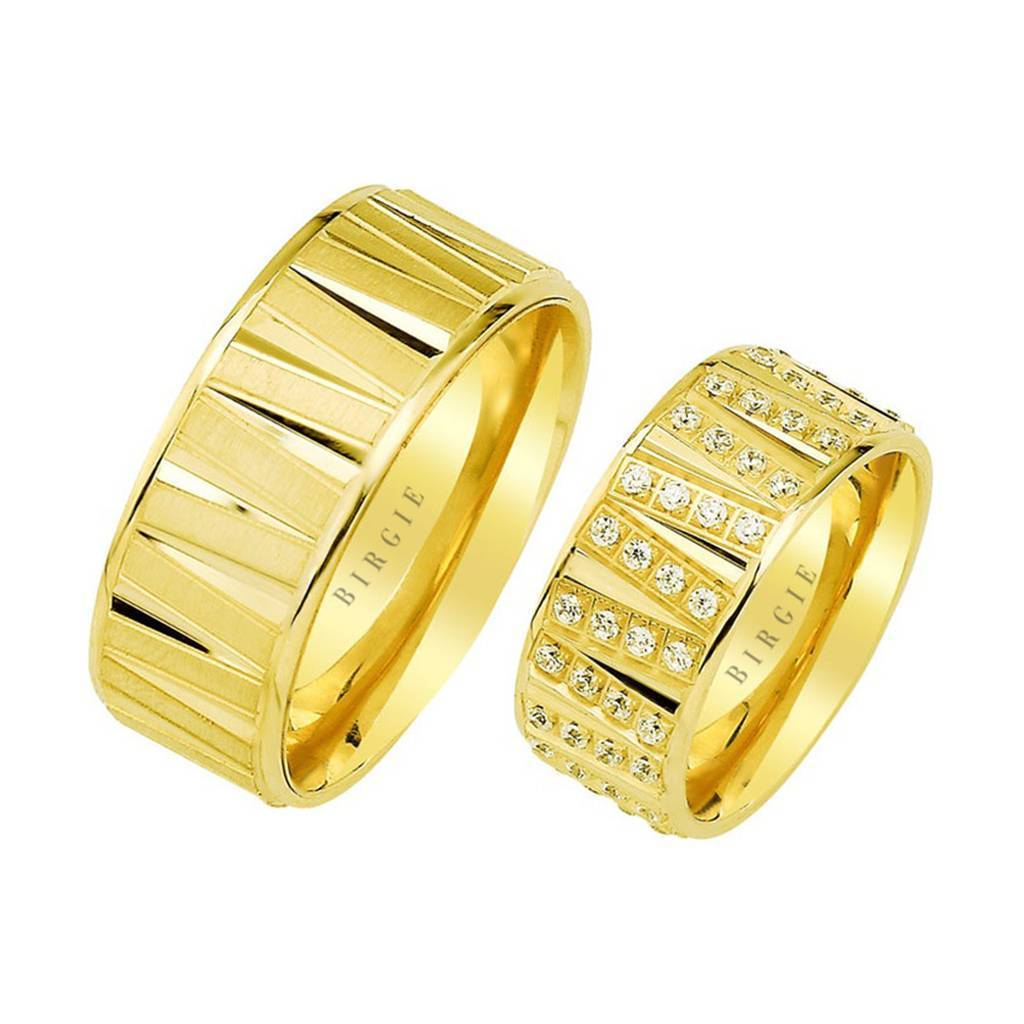 Yellow Gold Genoise Wedding Band w/ Diamonds