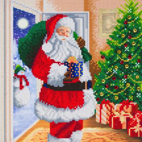 CAK-A107M: Santa's Here! 30x30cm Crystal Art Kit