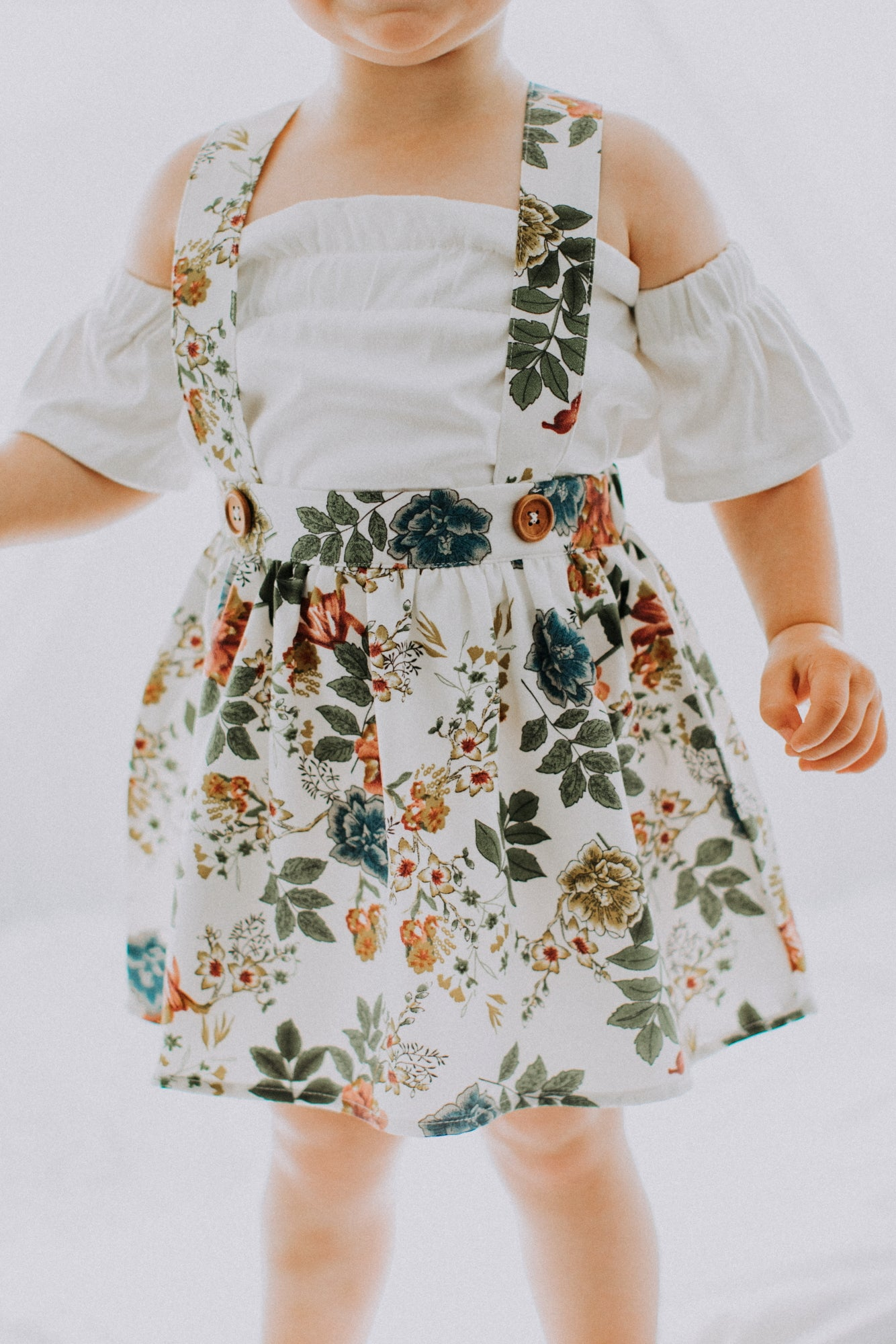 Daphne Pleated Suspender Skirt - White Floral