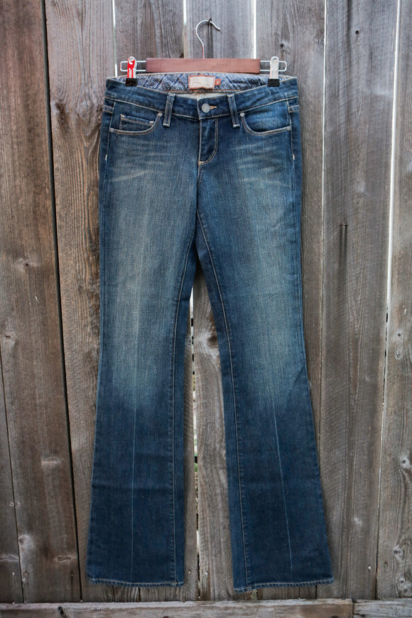 Paige Jeans | Size 27 | Style: Laurel Canyon Lowrise Bootcut