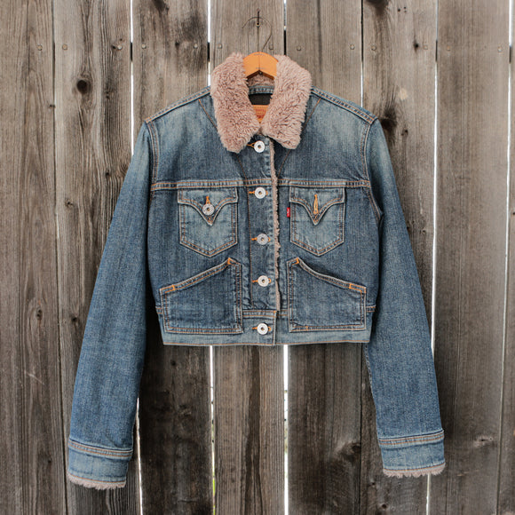 Levi's | Sherpa Lined Denim Jacket Cropped | Size Medium