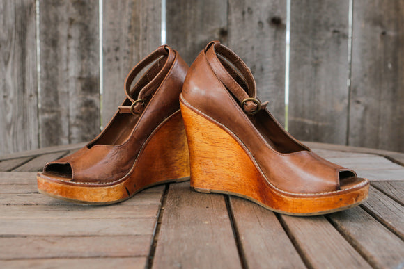 Steve Madden | Camel Wood Wedges | Size 7.5