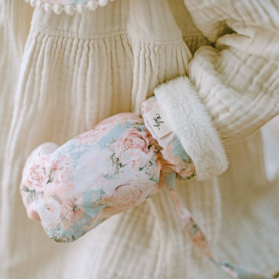 Winter Mittens - Rose Water