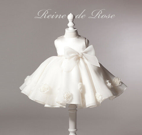 Roses and Bow Dress in White