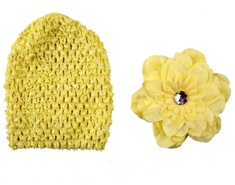 Crochet cap with clip on flower - Yellow