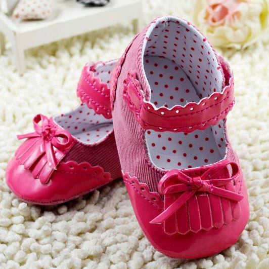 Pink frills prewalker shoes