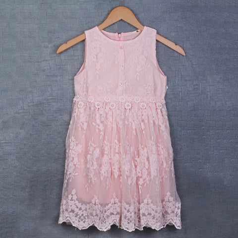 Adrika Delicate Lace Dress - Peach