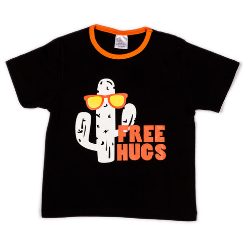 Black free hugs chest printed infant boys t shirt