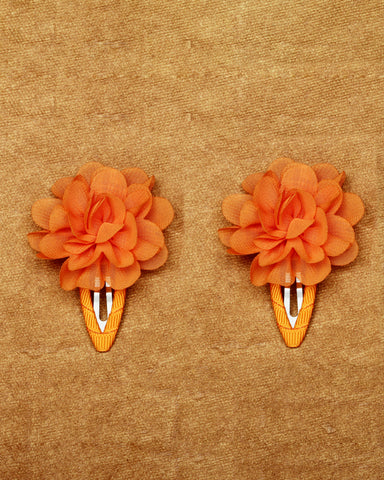 A pair of floral tic-tac hair clips - Orange