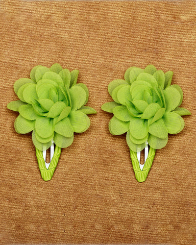 A pair of floral tic-tac hair clips - Parrot green
