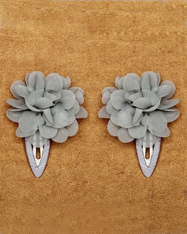 A pair of floral tic-tac hair clips - Grey