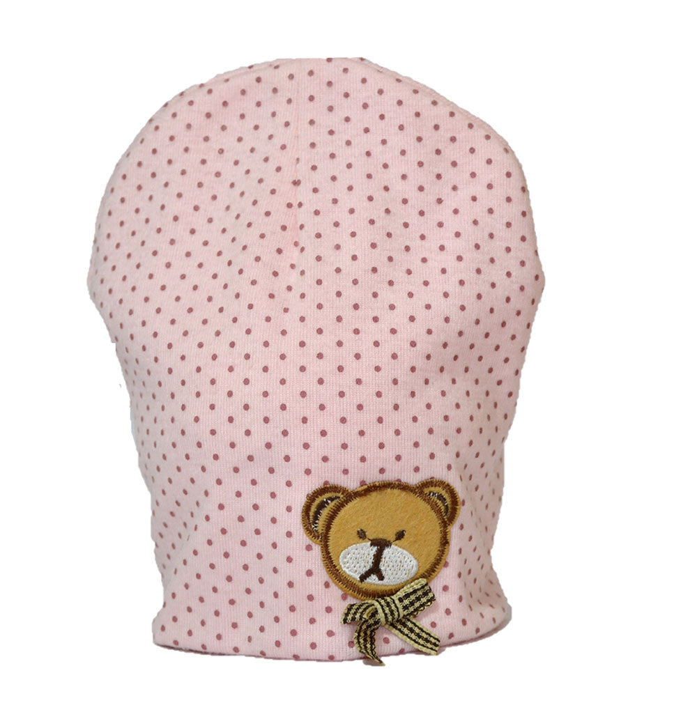 d6073316e2d Product Description. Fitted baby cap in polka dot printed comfy cotton and a  cute little bear patchwork.
