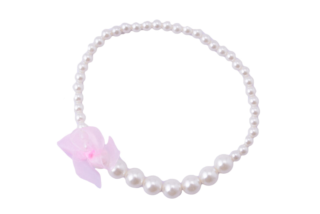 Elegant Pearls With Chic Bow