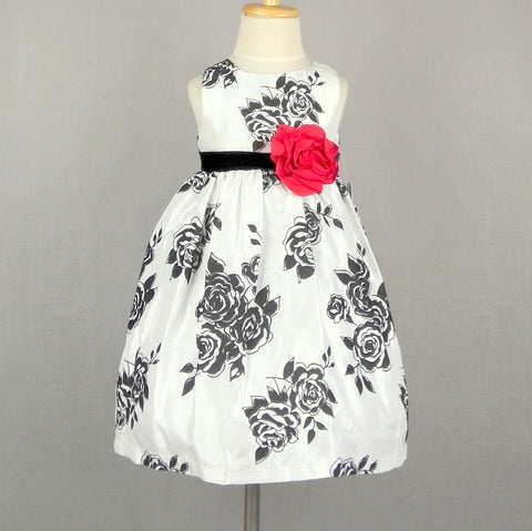 Liselle white dress with velvet belt