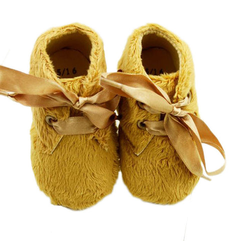 Brown fur prewalker shoes with lace knot