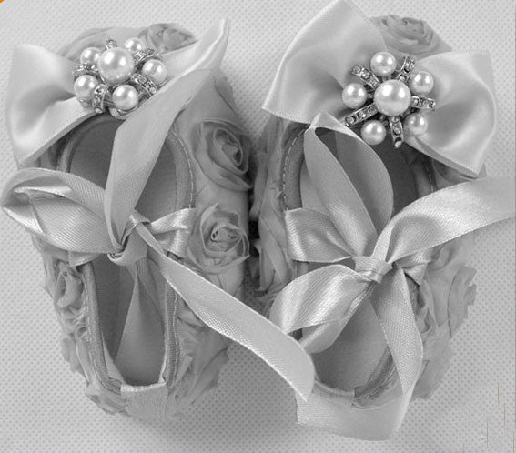 Crystal bow rosette Crib Shoes - Grey