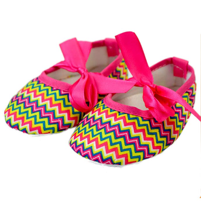 Chevron multi color crib shoes