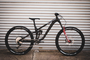Privateer 161 Enduro Race Bike