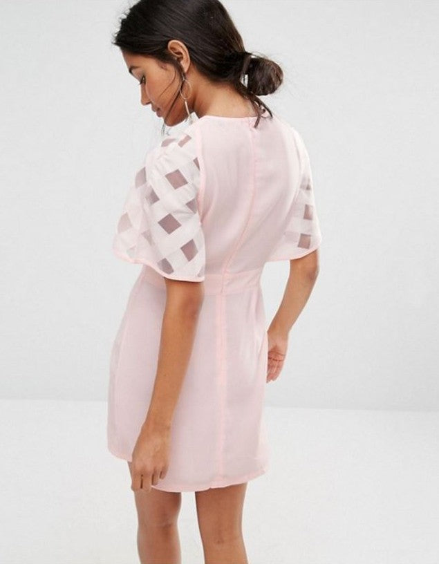 Load image into Gallery viewer, BOOHOO EXECUTIVE ORGANZA SLEEVES ORIGINAL UK BRANDED DRESS