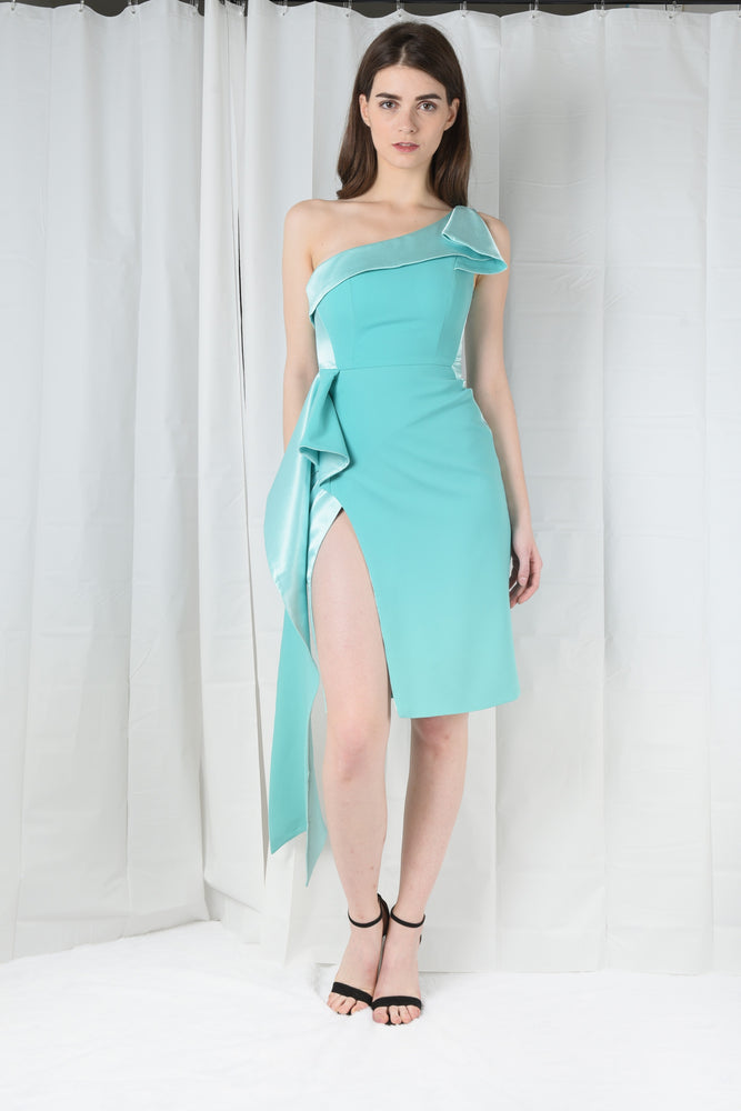 Load image into Gallery viewer, CAMILLA NUDE ASSYMETRIC DRESS