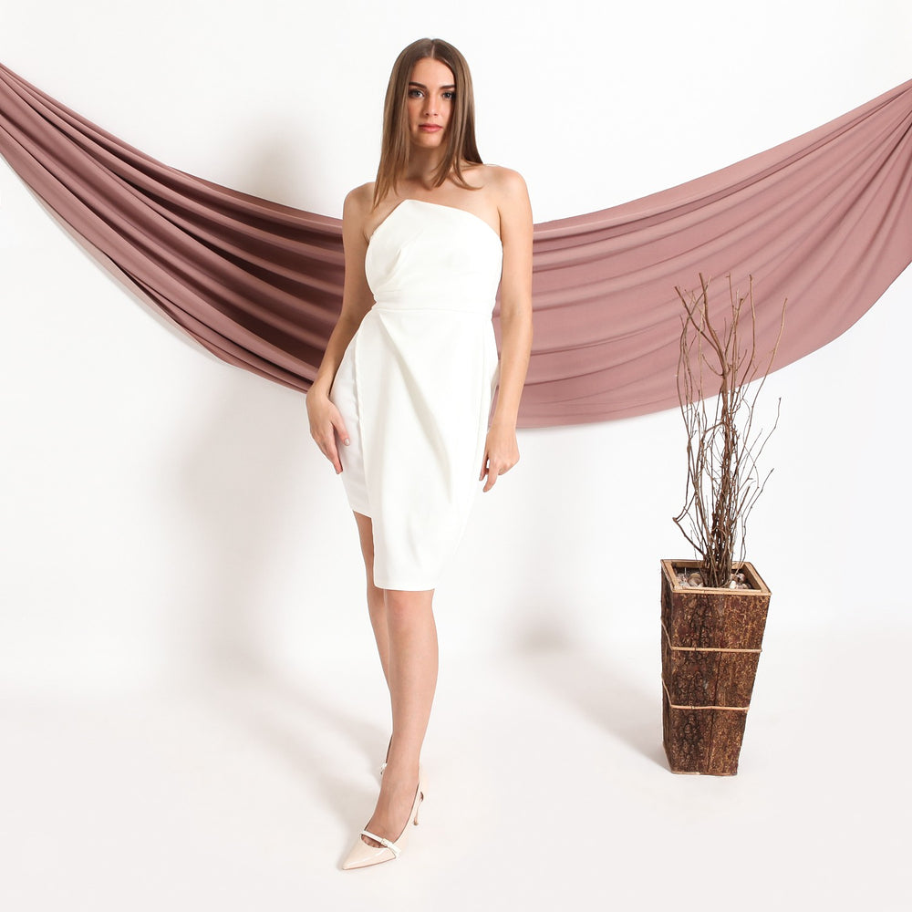Load image into Gallery viewer, AMBER WHITE TUBE ASSYMETRIC DRESS