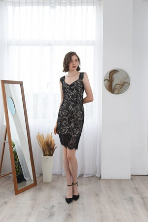 Load image into Gallery viewer, CLARETTA LACE BROCADE BANDAGE DRESS