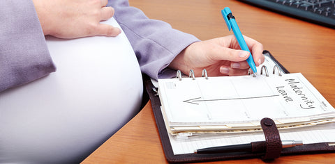 Woman planning her maternity leave