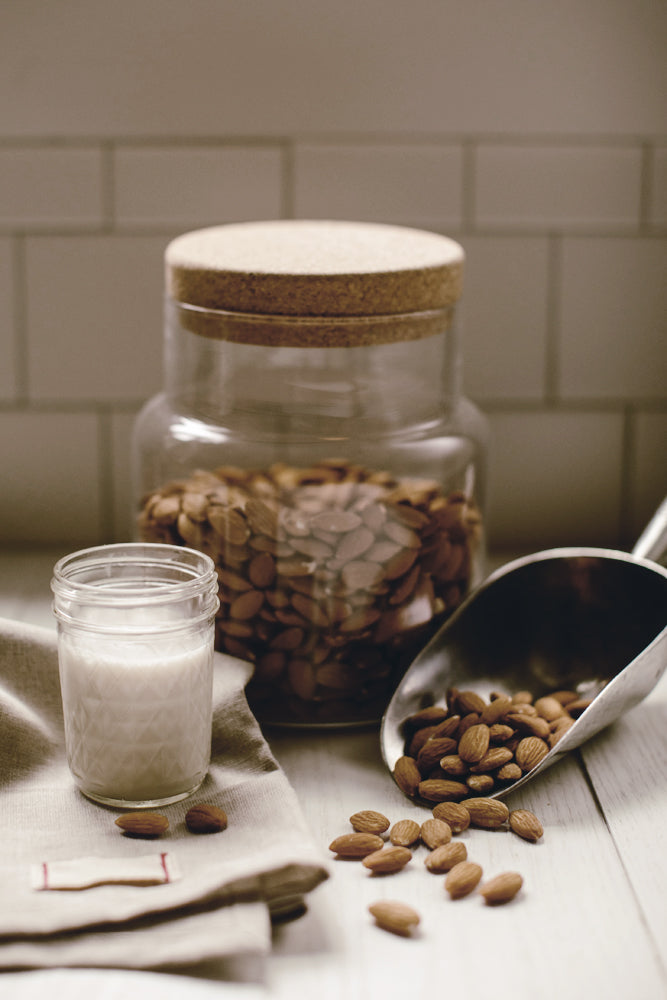 How to : Make Homemade Almond Milk.