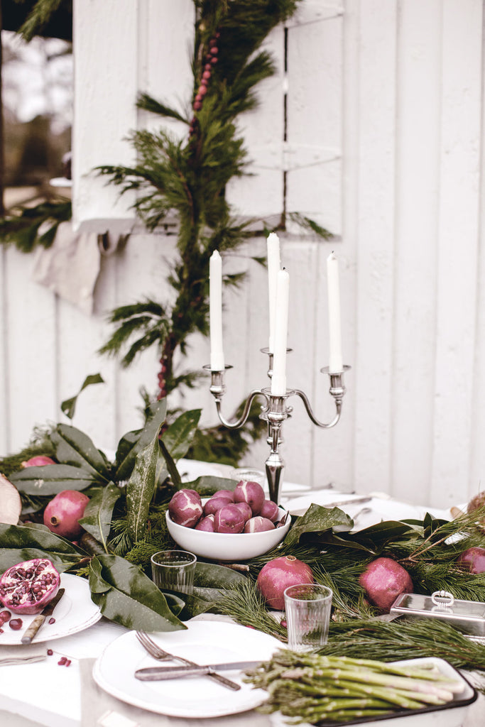 Rustic Holiday Entertaining at the Family Farm.
