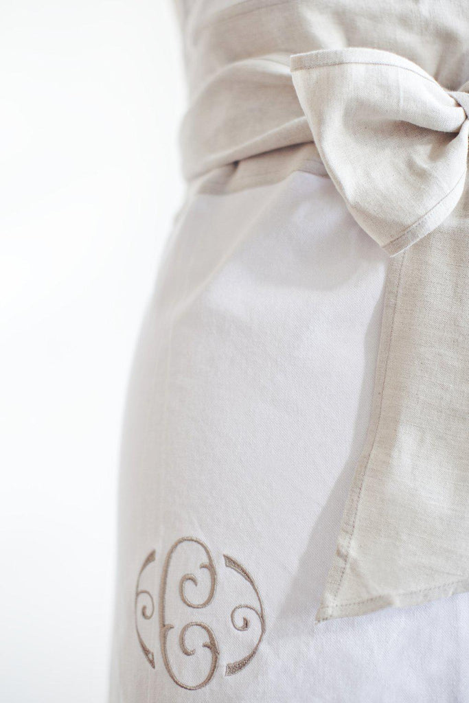 Full Sash Apron - Frosty Tin Marshmallows-Heirloomed