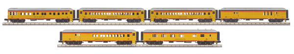 MTH 30-69309 Chessie 60' Madison 4 car Passenger Car Set AND 30-69310 Chessie 2 Car Passenger Car Set Used