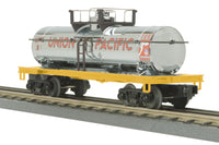 MTH 30-73260 Union Pacific UP Chrome Tank Car #8