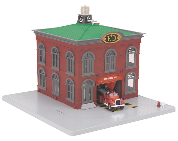 MTH 30-9157 Operating Fire Engine Company 49 w/red fire truck