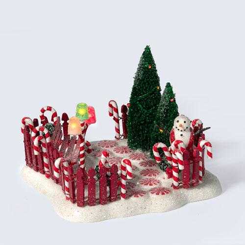 Department 56 56817 Peppermint Front Yard