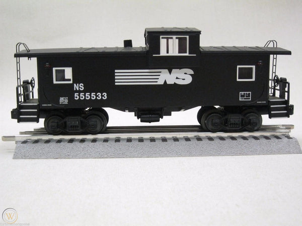 Lionel 6-29717 Norfolk Southern NS Extended Vision Smoking Caboose