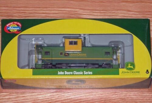 Athearn 7721 John Deere Wide Vision Caboose HO Scale Used