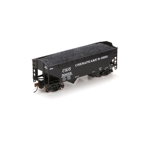 Athearn ATH70209 Chesapeake & Ohio C&O 34' 2 Bay Hopper 50018 with Coal load HO Scale