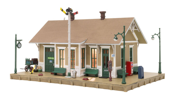 Woodland Scenics BR5023 Dansbury Depot Built-&-Ready HO Scale
