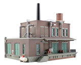 Woodland Scenics BR5026 Clyde & Dale's Barrel Factory Built-&-Ready HO Scale