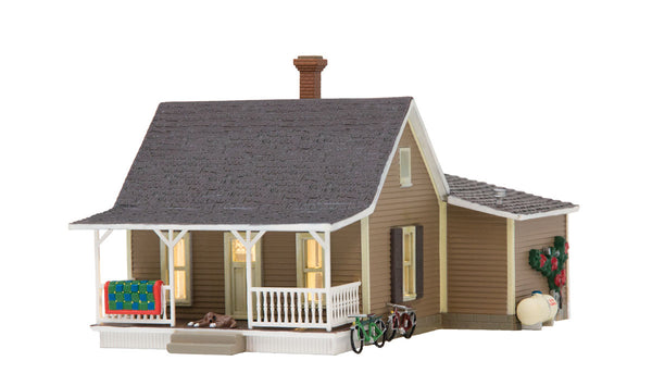 Woodland Scenics BR5027 Granny's House Built-&-Ready HO Scale