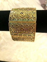 Load image into Gallery viewer, Isis Cuff Bracelet