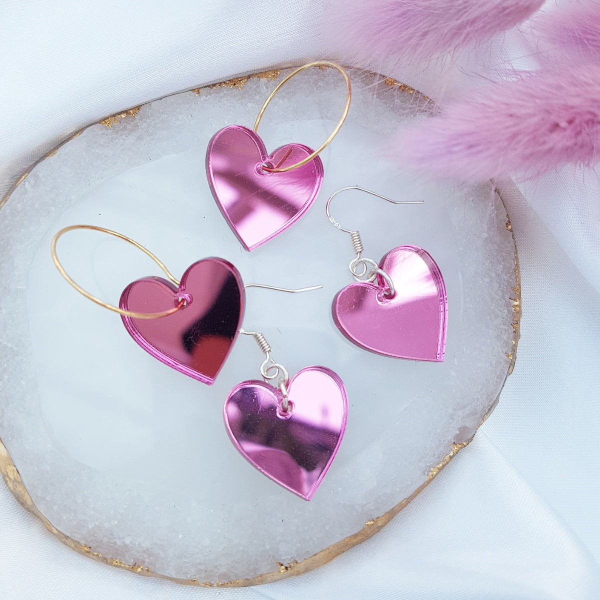 candy-pink-mirror-hearts