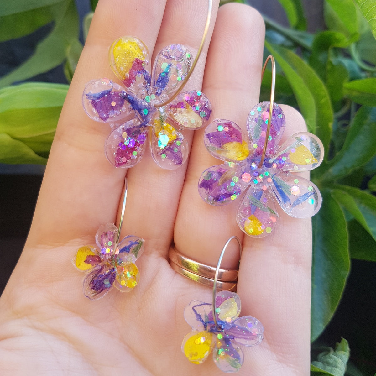 limited-edition-confetti-flower-hoops
