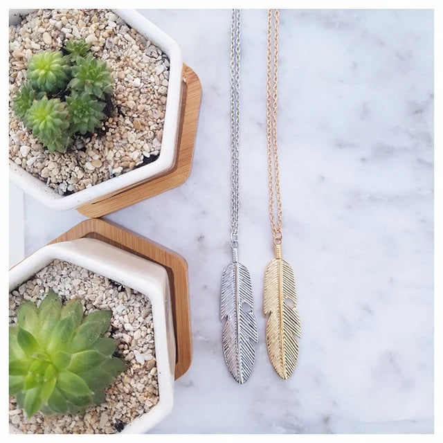 feather-charm-necklace
