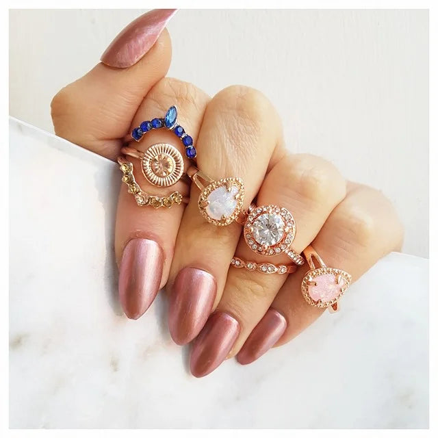 rose-gold-ring-collection