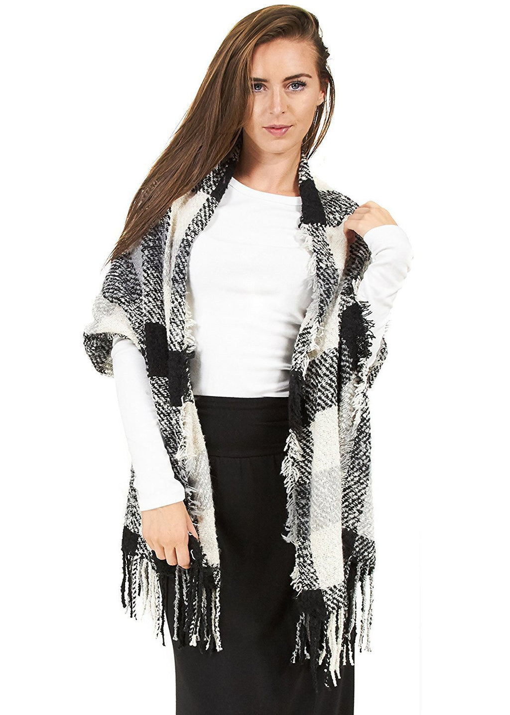 Rampage Boucle Plaid Wrap Black/White