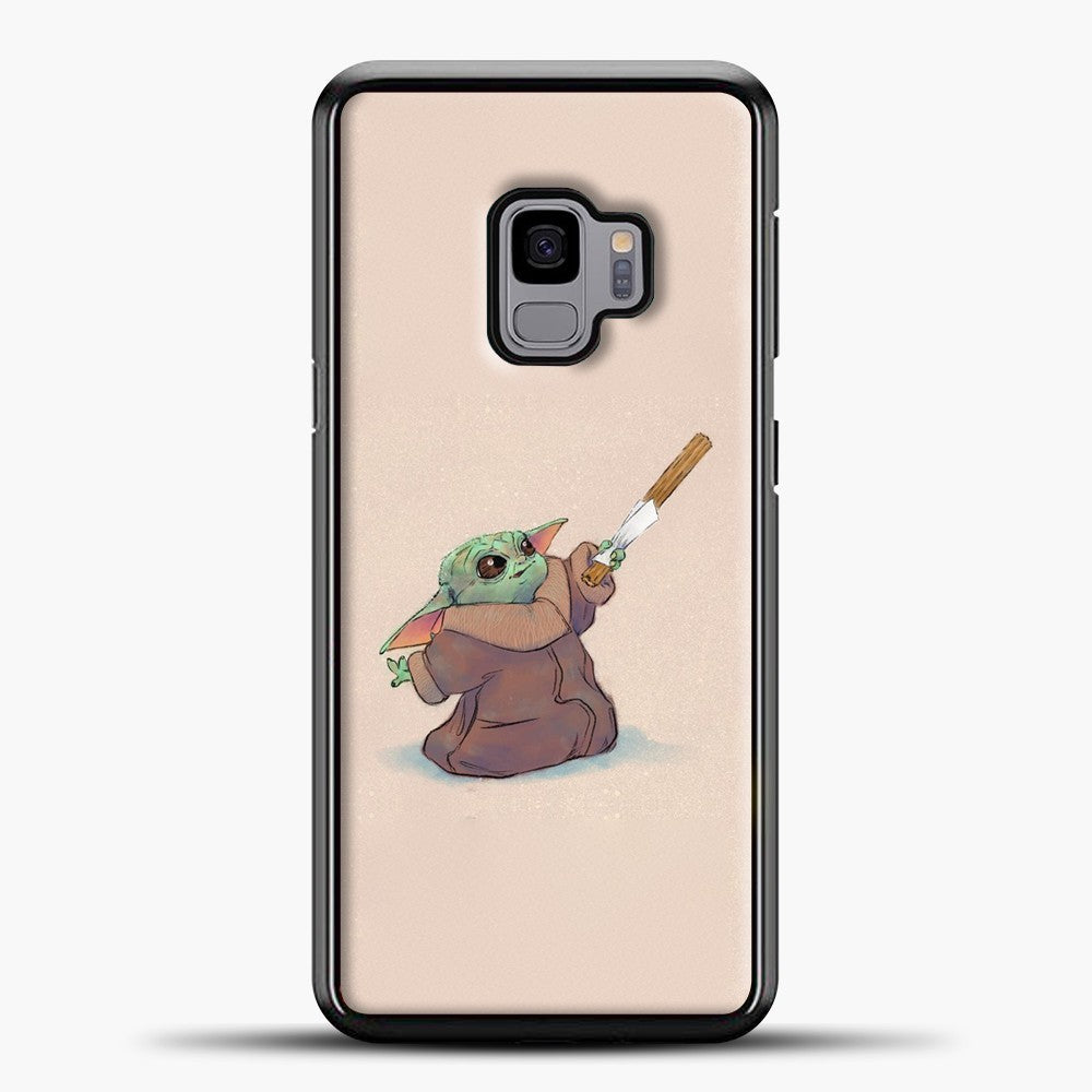 Baby Yoda Eating A Curros Samsung Galaxy S9 Case, Black Plastic Case | casedilegna.com