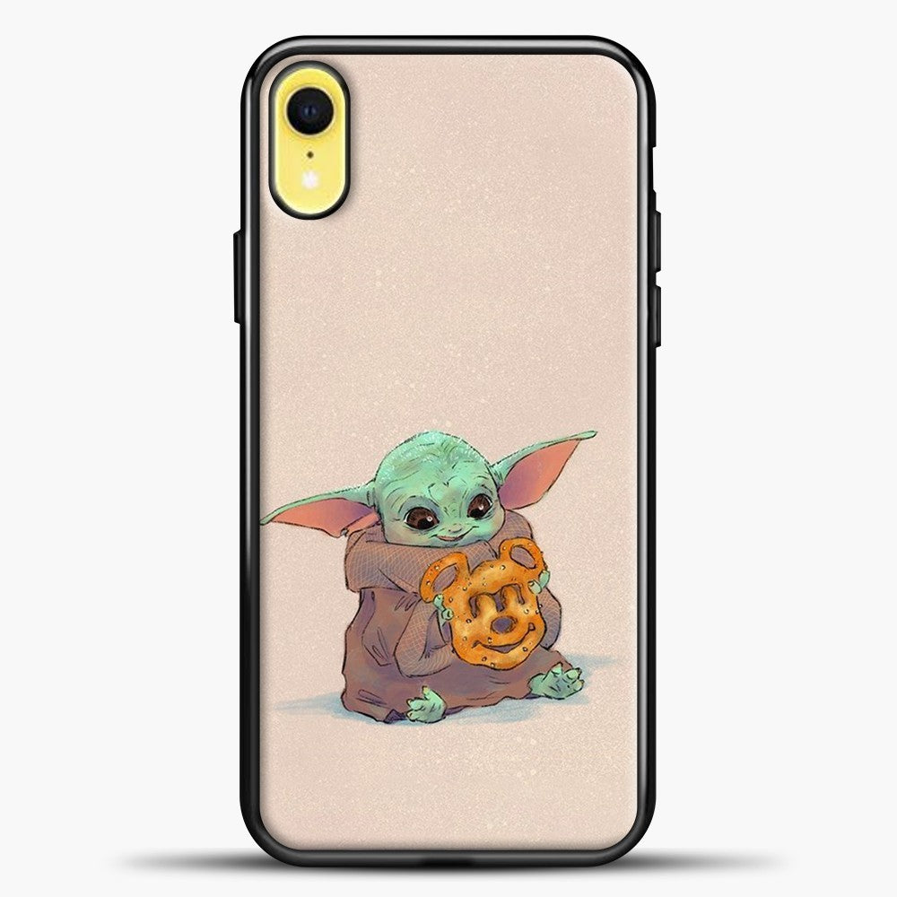 Baby Yoda Hold The Cake iPhone XR Case, Black Plastic Case | casedilegna.com