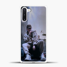 Load image into Gallery viewer, Billie Eilish Perfomance Samsung Galaxy Note 10 Case, White Plastic Case | casedilegna.com