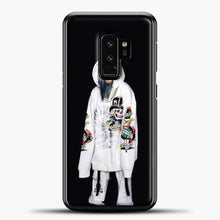Load image into Gallery viewer, Billie Eilish White Jacket Samsung Galaxy S9 Plus Case, Black Plastic Case | casedilegna.com